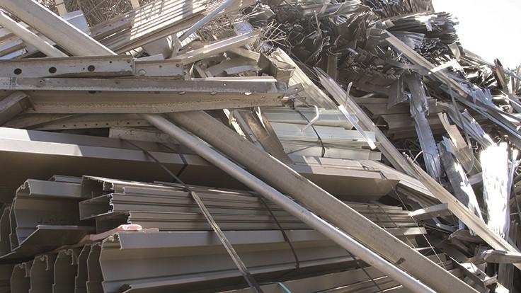Thu mua sắt phế liệu tại nhà máy xí nghiệp trên toàn quốc giá cao - Toàn Phát