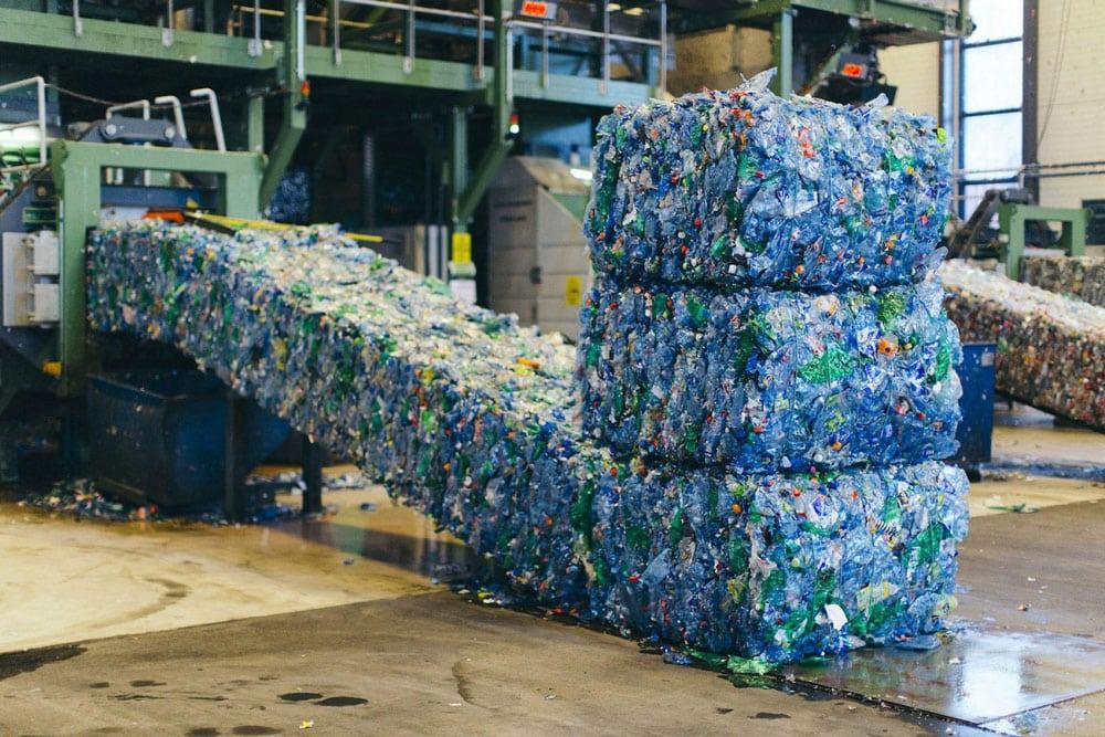 nhà máy tái chế nhựa