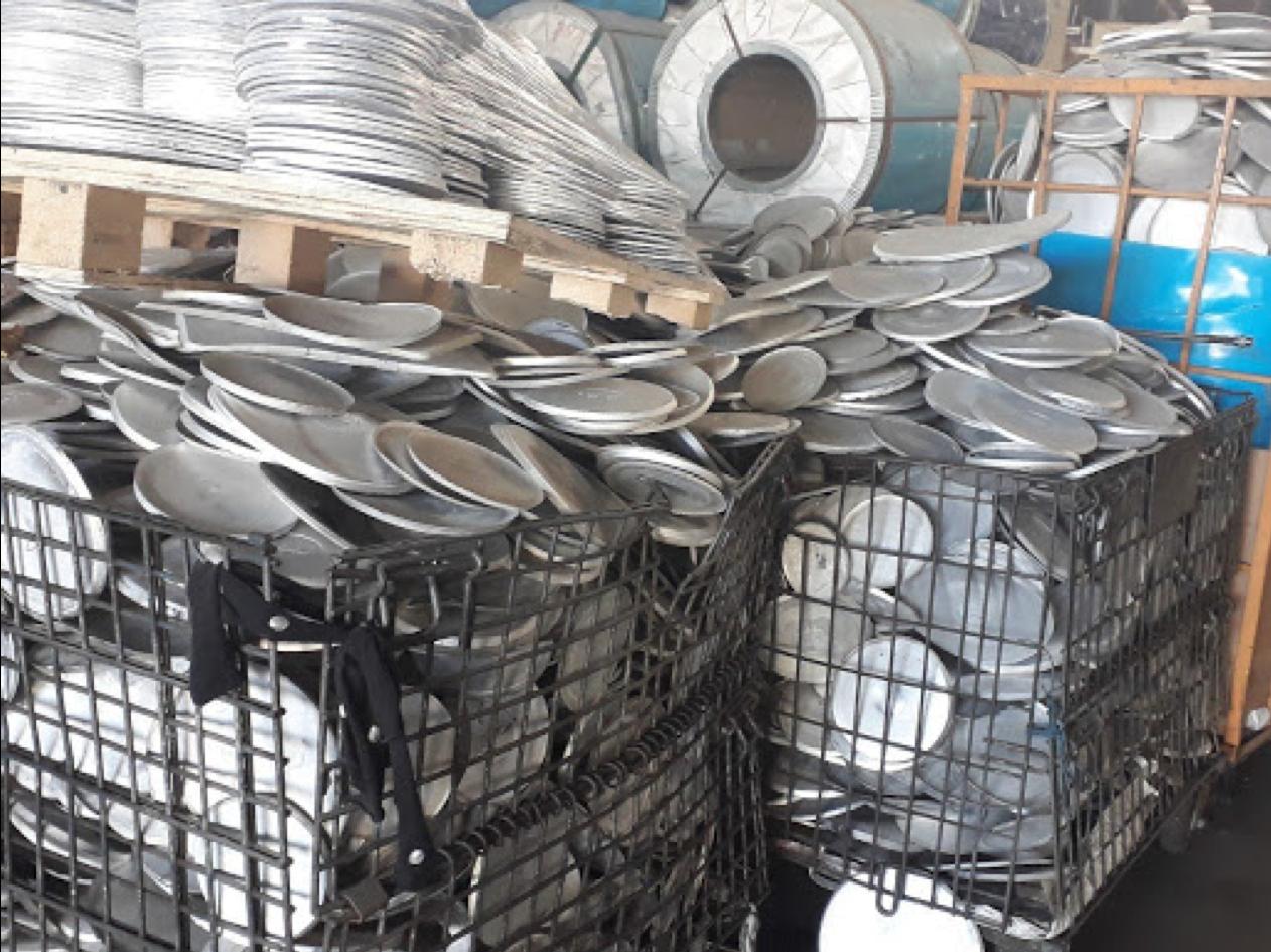 thu mua các loại phế liệu từ KCN Đông Nam